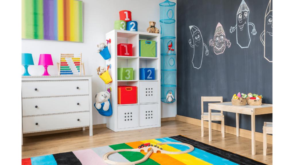 exemple de rangement dans chambre d'enfant